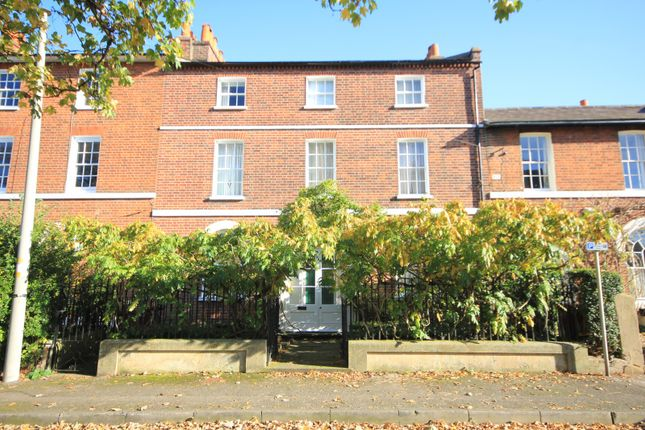 Thumbnail Town house for sale in Coley Hill, Reading