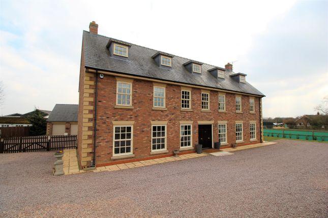 Thumbnail Detached house for sale in Cowbit Road, Spalding, Lincolnshire