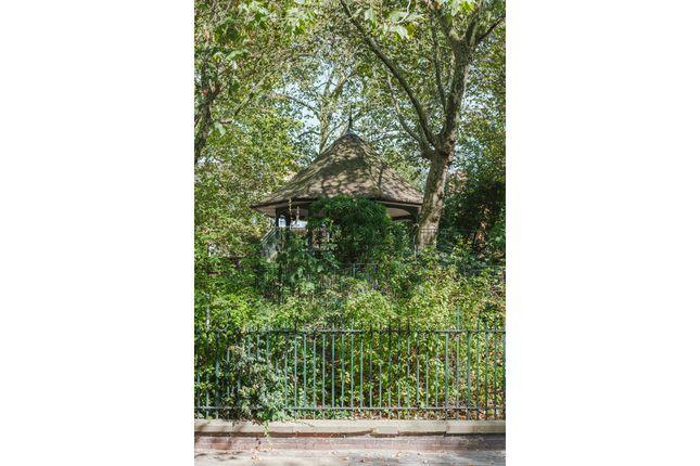 Sunbury House, Swanfield Street, London E2  (23)