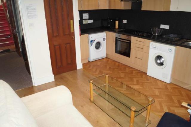 Thumbnail Flat to rent in 11 Marischal Street, Flat B