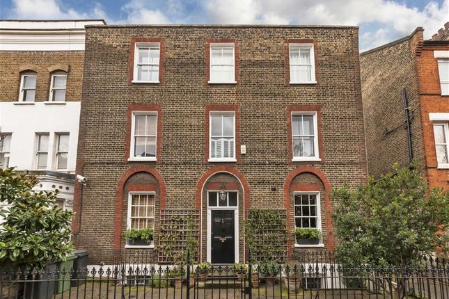 Thumbnail Property for sale in Vauxhall Grove, London