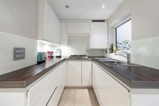 Kitchen of Simpson Street, London SW11