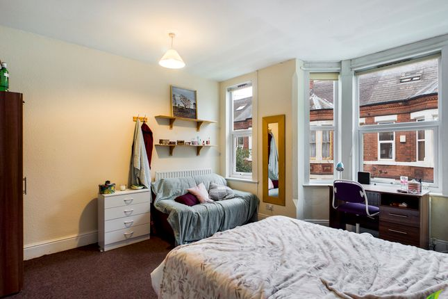 4 bed terraced house to rent in Church Grove, Lenton, Nottingham NG7