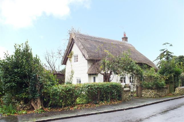 Thumbnail Cottage for sale in Thatch Cottage, Pond Lane, Worthing