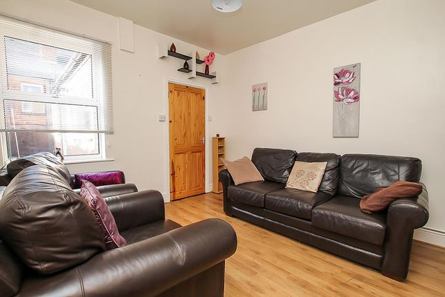 Lounge of Lyndhurst Road, Sneinton, Nottingham NG2