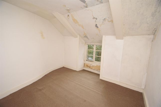 Bedroom Four of New Street, Penryn TR10