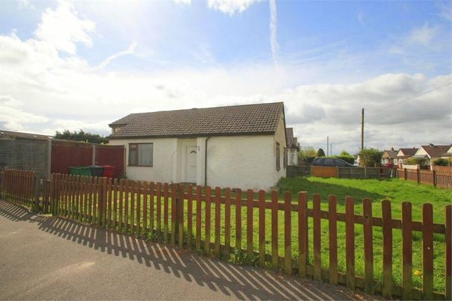 Thumbnail Detached bungalow to rent in Crosthwaite Way, Burnham, Berkshire