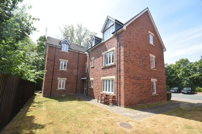 Thumbnail Flat for sale in Birchfield Road, Redditch