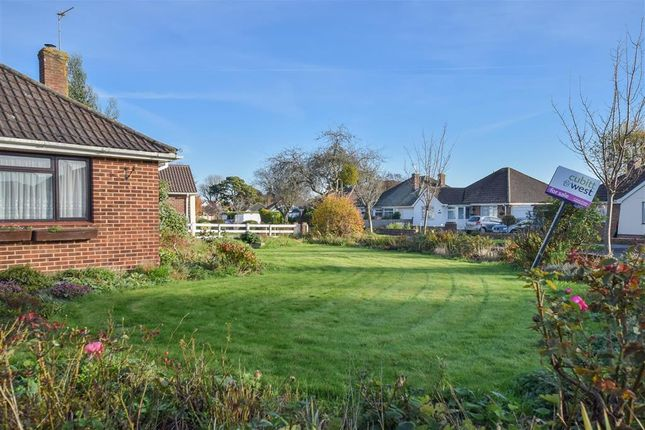 3 bed detached bungalow for sale in nore crescent