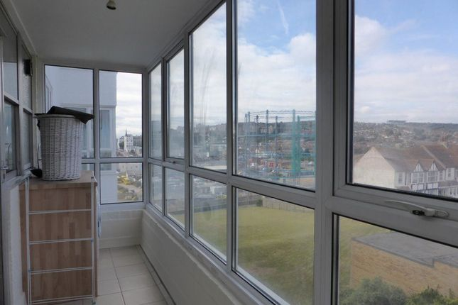 Thumbnail Flat to rent in Marine Gate, Marine Drive, Brighton