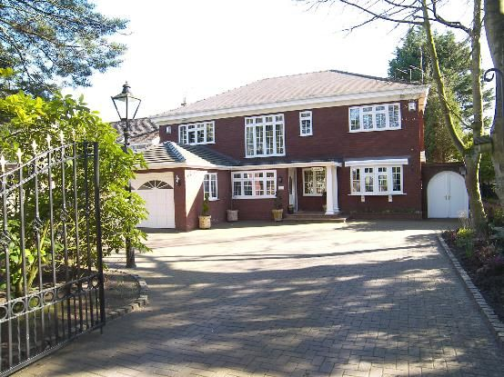 Thumbnail Detached house for sale in Victoria Road, Freshfield, Liverpool
