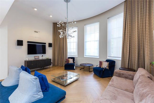 Thumbnail Flat to rent in Clarence Terrace, London