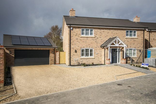 4 bed detached house for sale in Fordham Road, Isleham, Ely CB7