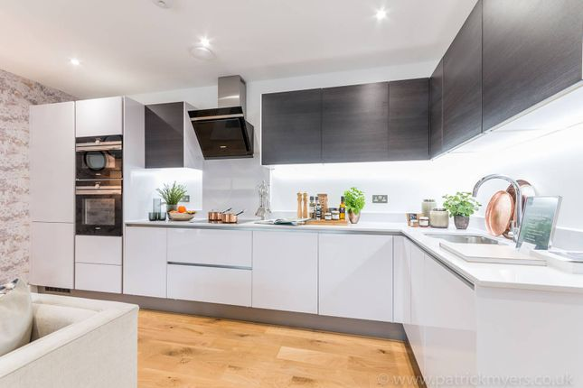 Thumbnail Flat for sale in Tribeca, East Dulwich