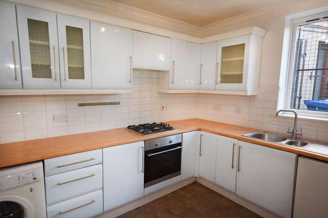 Kitchen of Bellevue Street, Falkirk FK1
