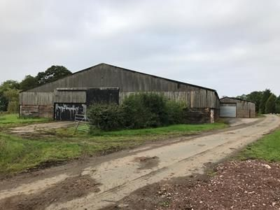 Thumbnail Warehouse to let in Storage Barn, Moat Hall Farm, Moat Lane, Newborough, Burton Upon Trent, Staffordshire