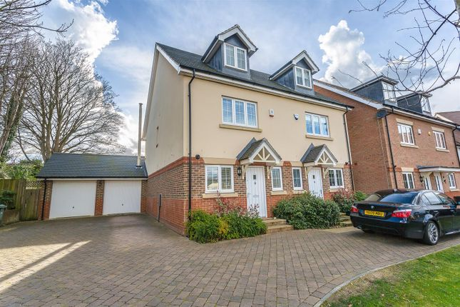 Thumbnail Semi-detached house for sale in Ash Close, Banstead