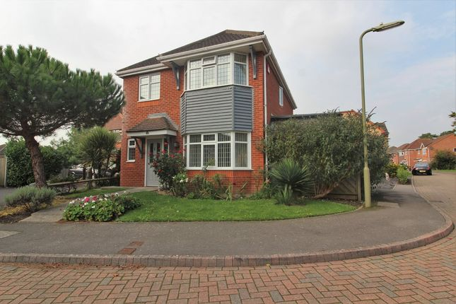 Thumbnail Detached house for sale in Rockingham Way, Fareham