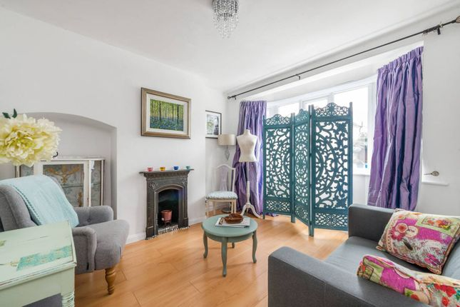 Thumbnail Terraced house to rent in Lincoln Avenue, Twickenham