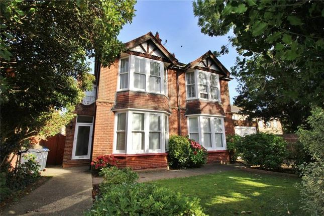Thumbnail Flat for sale in Broadwater Road, Broadwater, Worthing
