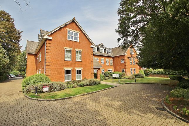 Thumbnail Flat for sale in Broomhall Road, Horsell, Woking