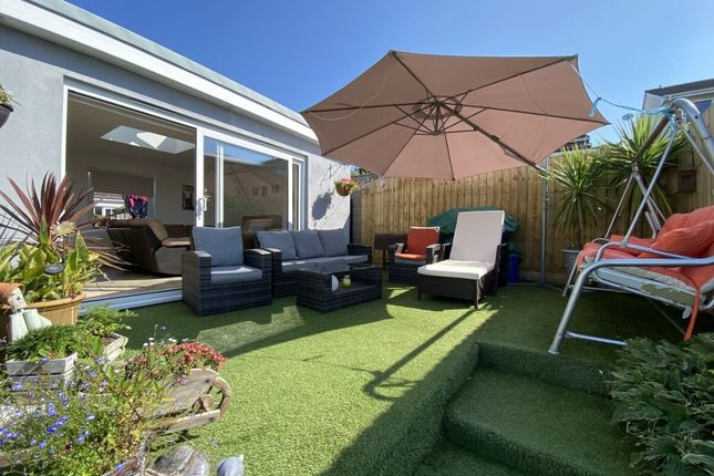Thumbnail Bungalow for sale in Hillside Road, Portishead, Bristol