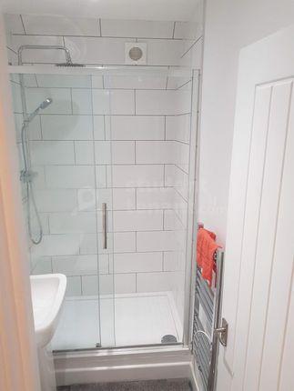 39 Hungerford Street Bathroom 1