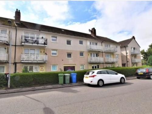 Thumbnail Flat to rent in Newfield Place, Rutherglen