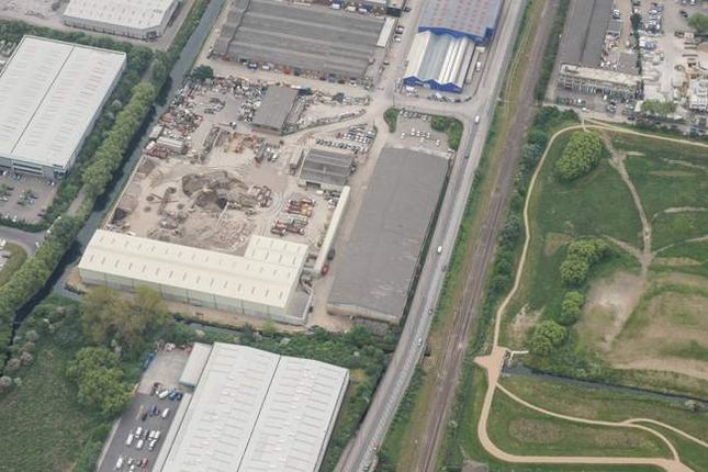 Thumbnail Warehouse to let in Nobel Road, London