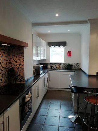 3 bed property to rent in Meadow Street, Treforest, Pontypridd CF37