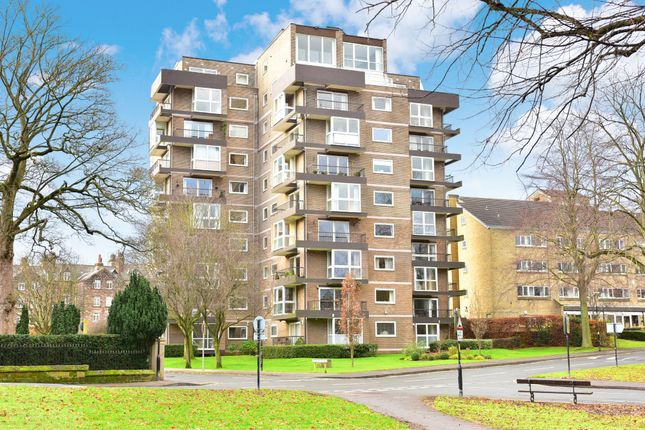 Thumbnail Flat for sale in St Marys Walk, Harrogate, North Yorkshire