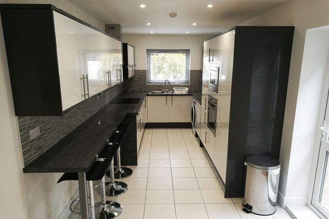 Thumbnail Property to rent in Bramble Road, Southsea