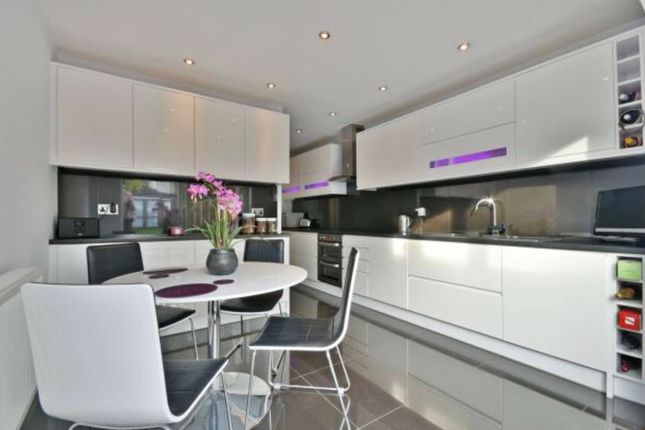End terrace house for sale in Cloister Road, London