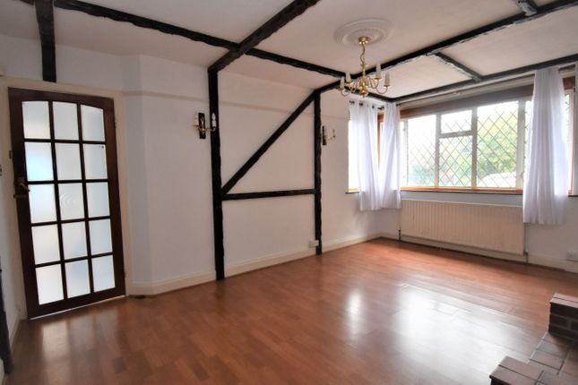 5 bed semi-detached house to rent in Burnt Ash Hill, London SE12