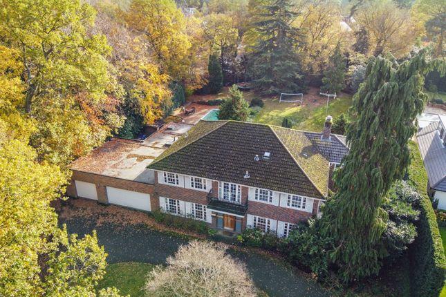 Thumbnail Detached house for sale in Kelvedon Avenue, Burwood Park, Walton On Thames