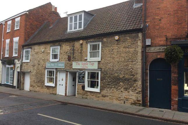 Thumbnail Pub/bar for sale in Westgate, Grantham