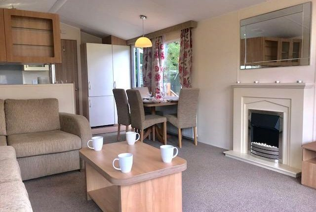 Thumbnail Mobile/park home for sale in Crook 'o' Lune Holiday Park, Caton, Lancaster, Lancashire