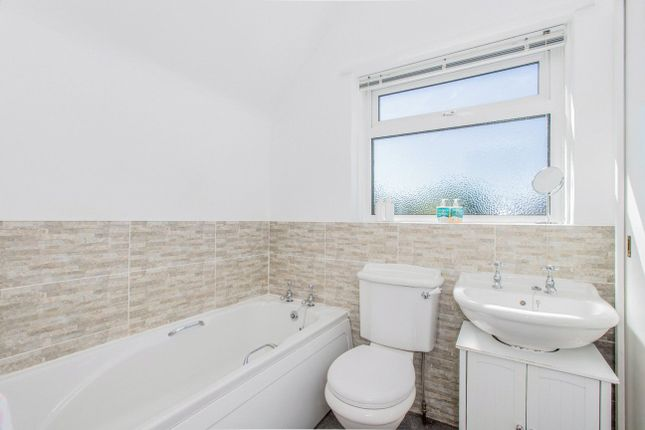 Bathroom of Newcourt Road, Topsham, Exeter EX3
