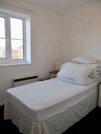9Cp - Bed 2 of Cory Place, Windsor Quay, Cardiff CF11