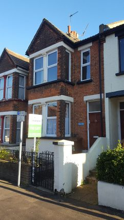 Thumbnail Flat to rent in Rock Avenue, Gillingham