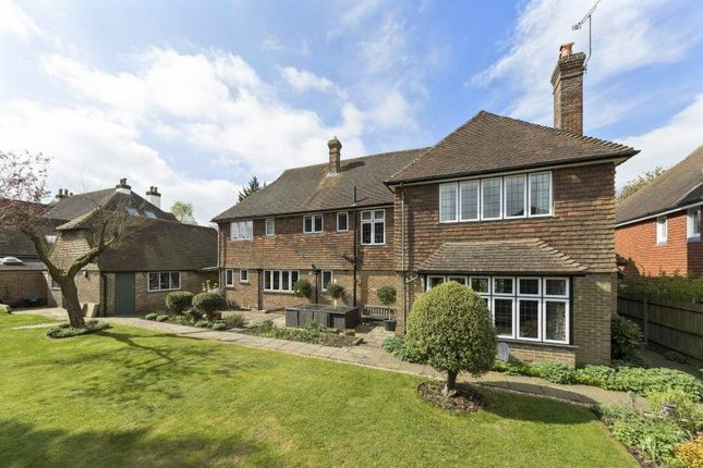 Thumbnail Detached house for sale in One Tree Hill Road, Guildford