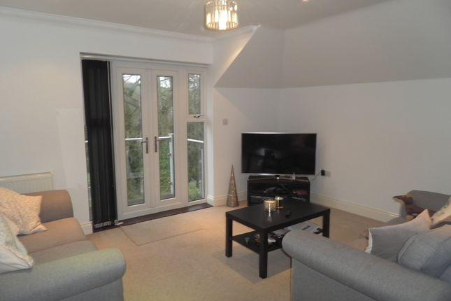 Living Room Of 7 Kingsmead View High Wycombe Buckinghamshire HP11