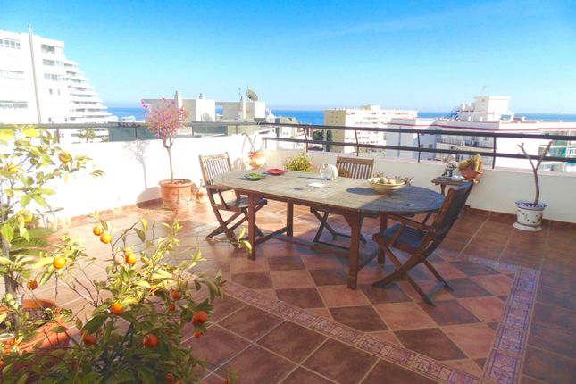 5 bed apartment for sale in Benalmadena, Malaga, Spain