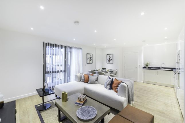 2 bed flat for sale in Palm House, Sancroft Street, Kennington, London