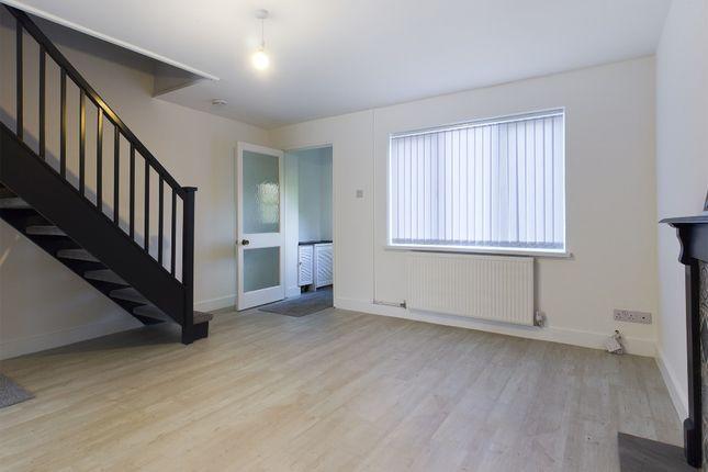 Thumbnail Semi-detached house to rent in Rhodfa'r Dryw, Morriston, Swansea