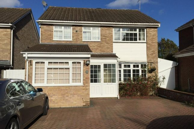 Thumbnail Detached house to rent in Trinity Close, Crawley