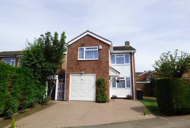 Thumbnail Detached house to rent in Chantry Avenue, Bedfordshire