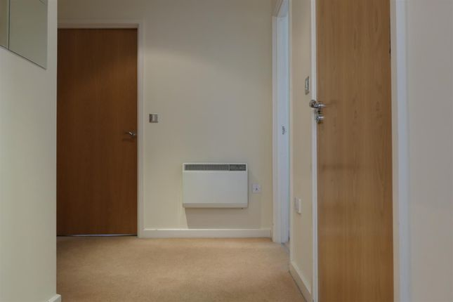Hallway of Manor House Drive, City Centre, Coventry CV1