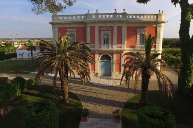 Properties for sale in bari puglia italy bari puglia for Gallery house altamura