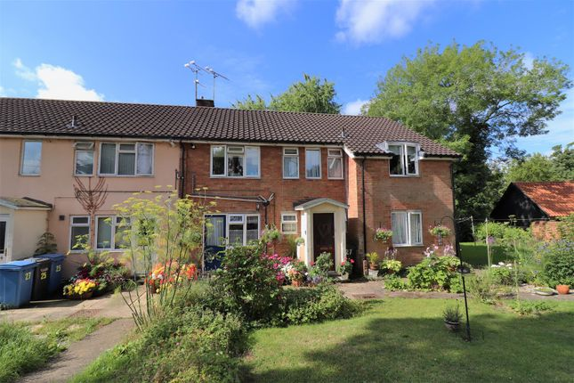 Thumbnail Maisonette for sale in Toppesfield Gardens, Hadleigh, Ipswich